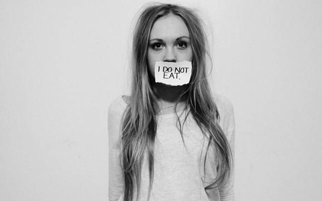 Overcome Anorexia Nervosa - Do not deny hunger - Liv Healthy Life